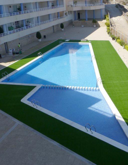 Césped artificial Robles para playa de piscina